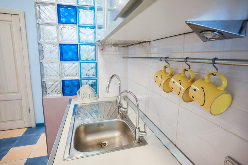 3-комн. квартира, 70 кв.м. на 6 человек, улица Моисеенко, 4, Санкт-Петербург - Фотография 21