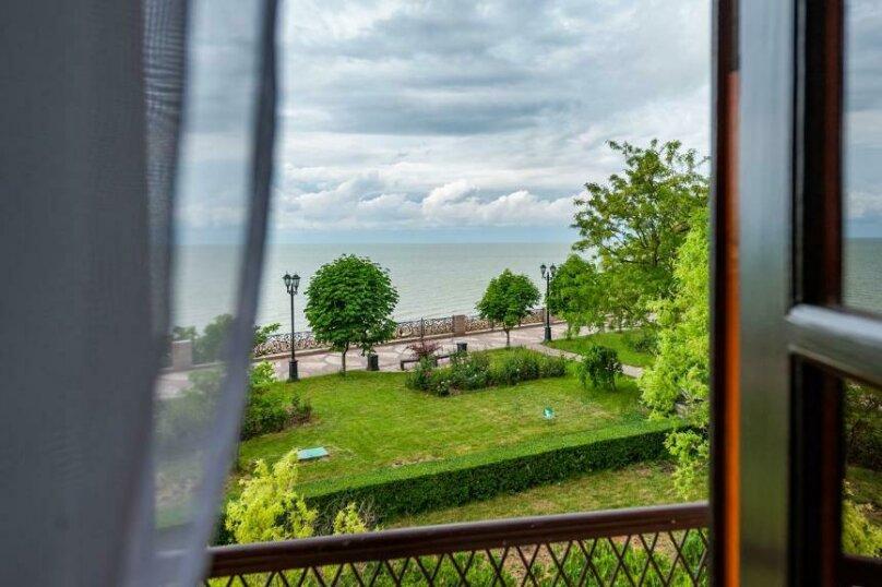 Трехместный номер с видом на море, улица Шмидта, 12, Ейск - Фотография 3