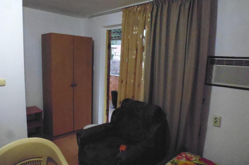 Гостевой дом Чепурова, Алычевый переулок, 1 на 15 комнат - Фотография 75