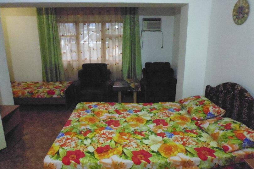 Гостевой дом Чепурова, Алычевый переулок, 1 на 15 комнат - Фотография 63