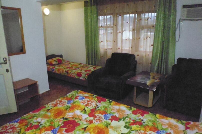 Гостевой дом Чепурова, Алычевый переулок, 1 на 15 комнат - Фотография 64
