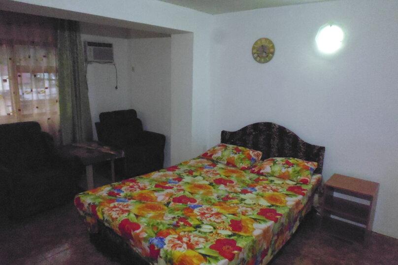 Гостевой дом Чепурова, Алычевый переулок, 1 на 15 комнат - Фотография 65