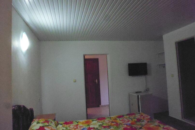 Гостевой дом Чепурова, Алычевый переулок, 1 на 15 комнат - Фотография 66