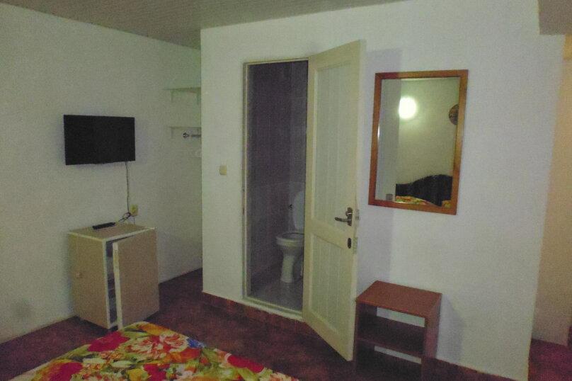 Гостевой дом Чепурова, Алычевый переулок, 1 на 15 комнат - Фотография 67