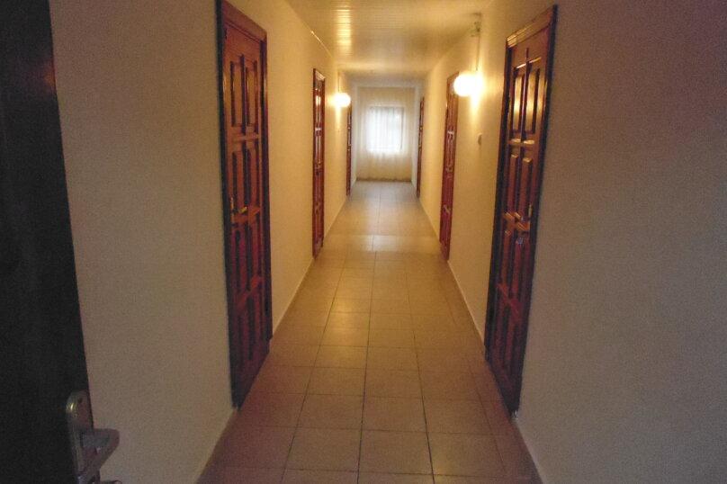Гостевой дом Чепурова, Алычевый переулок, 1 на 15 комнат - Фотография 70