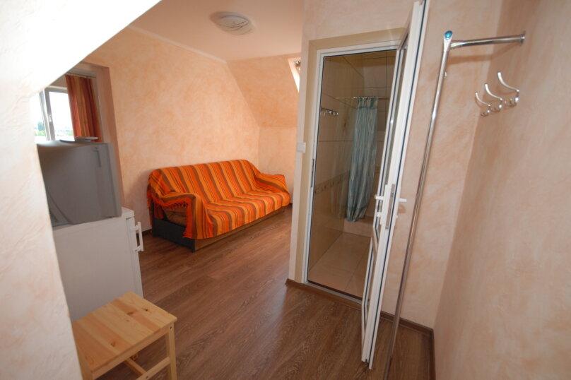 Двухкомнатный четырехместный номер на третьем этаже, улица Шершнёва, 18, Коктебель - Фотография 1