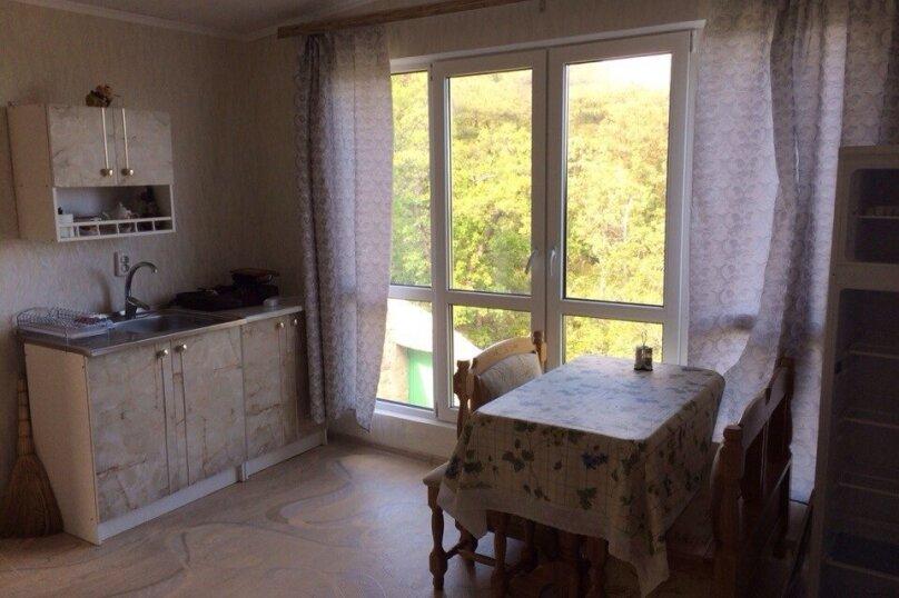Отдельная комната, Алупкинское шоссе, 6Б, Гаспра - Фотография 1