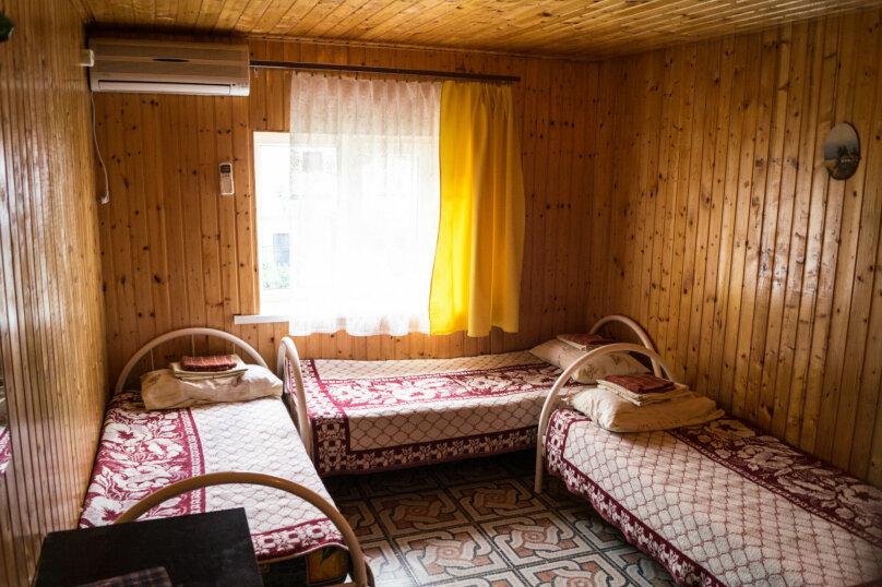 """Гостевой дом """"Альдаир"""", Яблоневая улица, 12 на 26 комнат - Фотография 50"""