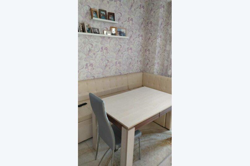 2-комн. квартира, 65 кв.м. на 4 человека, Античный проспект, 62, Севастополь - Фотография 1