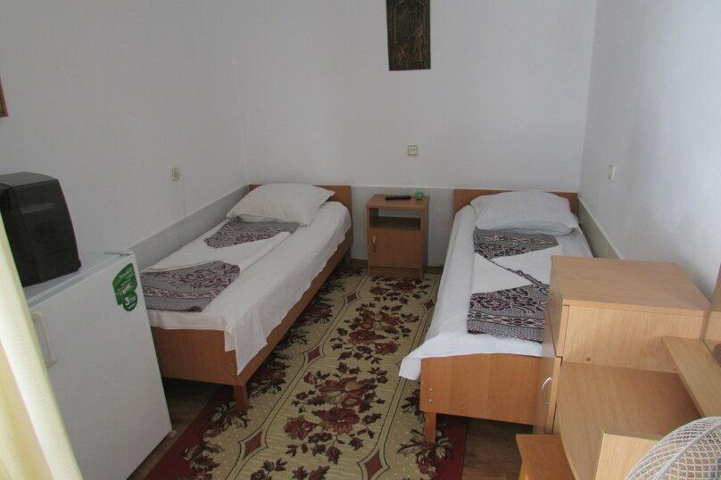 Двух местный номер 1 этаж №3, Приморская улица, 36, Береговое, Феодосия - Фотография 1