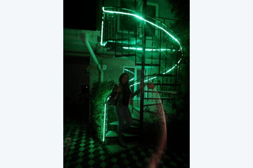 "Гостевой дом ""На Комарова 31"", улица Комарова, 31 на 10 комнат - Фотография 15"