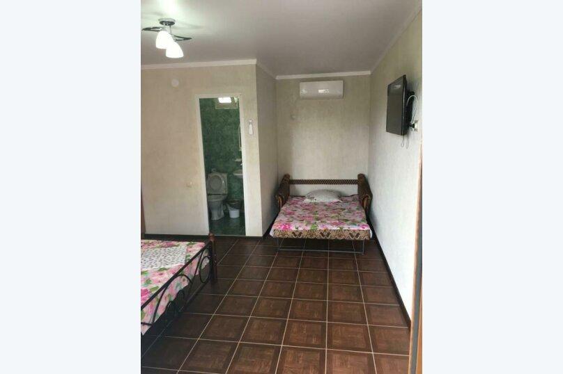 Трехместный номер с основными удобствами, Кабардинская улица, 121, Гагра - Фотография 7