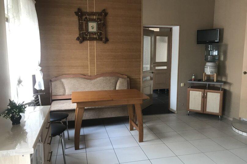 Дом на 5-6 человек, 52 кв.м. на 6 человек, 3 спальни, Партизанская улица, 12, Судак - Фотография 23