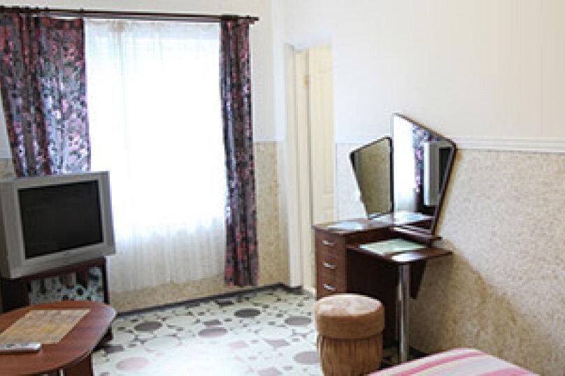 Полулюкс 4-х местный, Набережная улица, 24А, Алушта - Фотография 2
