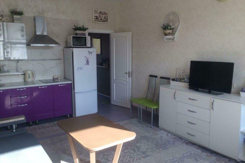 Отдельная комната, улица Багликова, 21, Алушта - Фотография 10