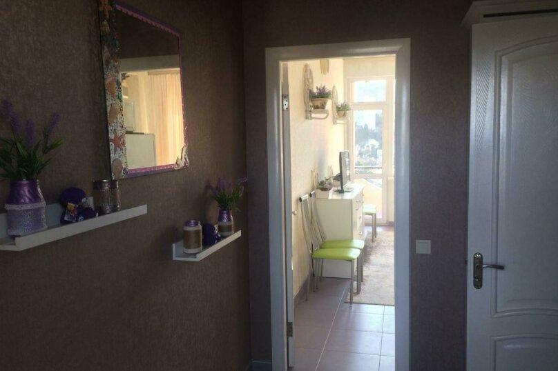 Отдельная комната, улица Багликова, 21, Алушта - Фотография 14