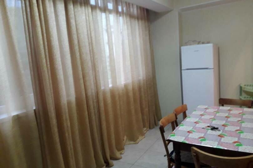 2-комн. квартира на 4 человека, Кодорское шоссе, 27, Сухум - Фотография 4