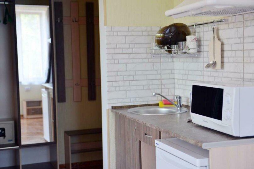 Трехместный улучшенный комфорт, улица Ленина, 125 Л, Коктебель - Фотография 5