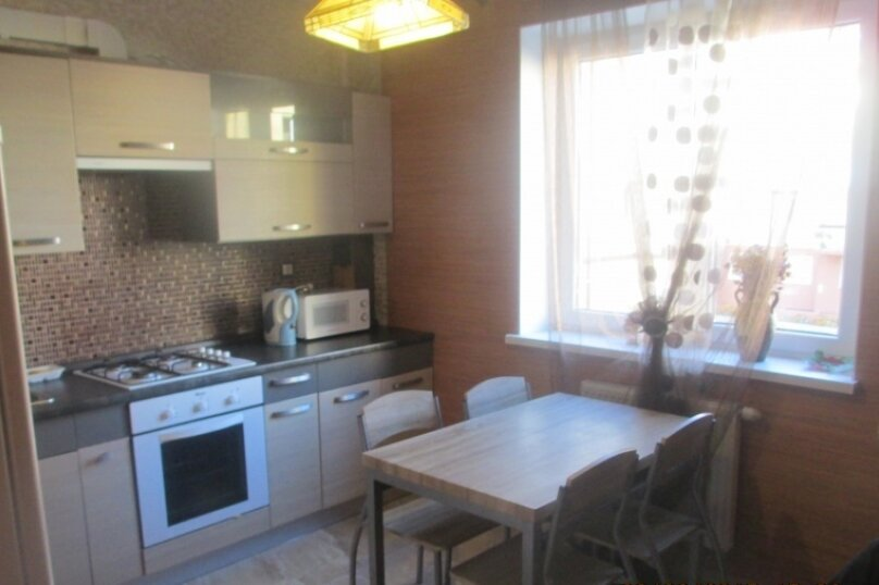 2-комн. квартира, 62 кв.м. на 5 человек, Приморская, 25, Зеленоградск - Фотография 1