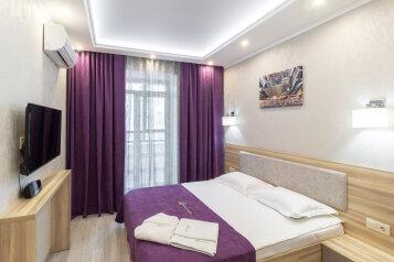 2-комн. квартира, 45 кв.м. на 4 человека, улица Красный Путь, 103к4, Омск - Фотография 1