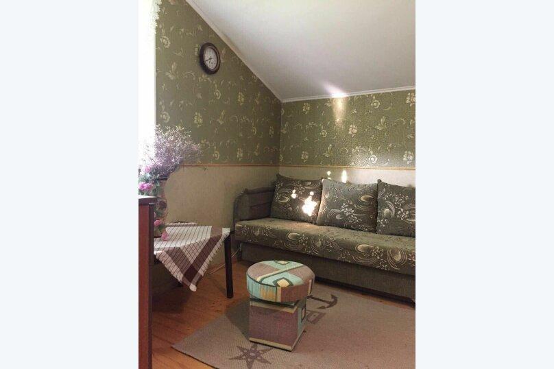 Комната на 4 человека (кровать, диван), Фонтанная, 15, село Мысовое - Фотография 9