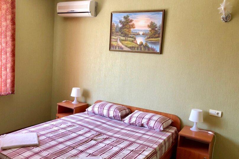 Семейный 4х-местный 2х-комнатный, Центральная улица, 25, Витязево - Фотография 1