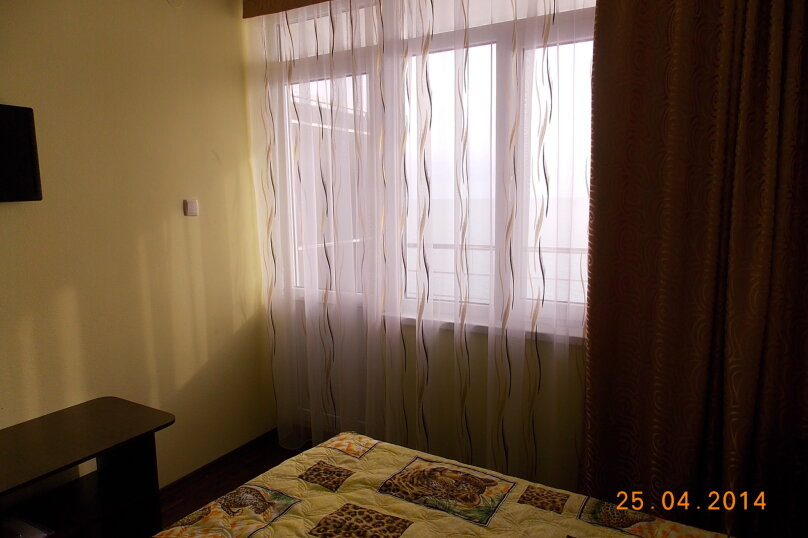 Двухместный номер с видом на море с балконом, Азовская, 18, Лоо - Фотография 1