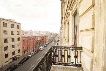 2-комн. квартира, 75 кв.м. на 5 человек, Миллионная улица, 23, Санкт-Петербург - Фотография 1