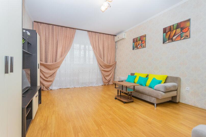 2-комн. квартира, 72 кв.м. на 6 человек, улица Монтажников, 12, Краснодар - Фотография 9