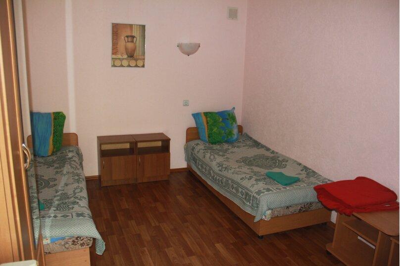 3-хместный эконом, маячная, 6, Николаевка, Крым - Фотография 1