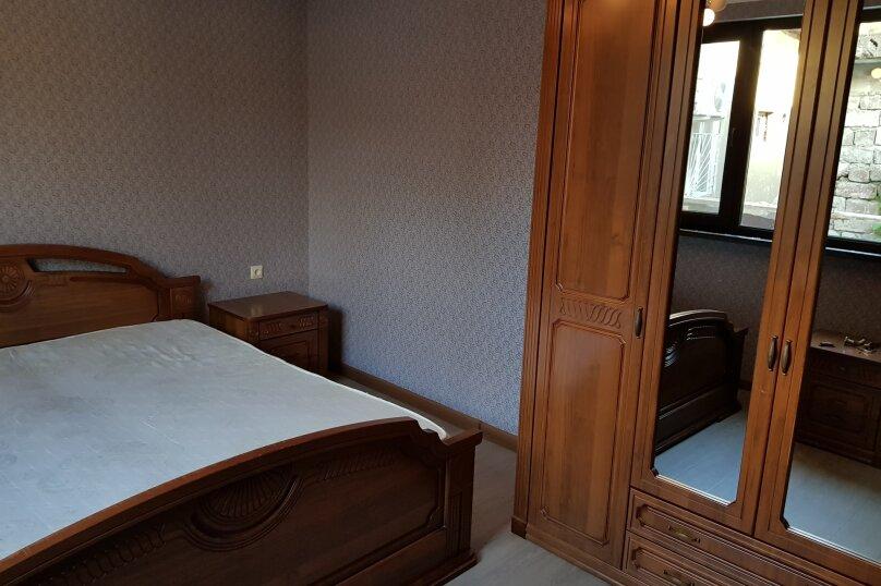 Дом, 75 кв.м. на 5 человек, 2 спальни, Абазинская улица, 49, Сухум - Фотография 6