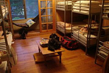 Койко-место в доме, Речной переулок, 32 на 1 комнату - Фотография 1