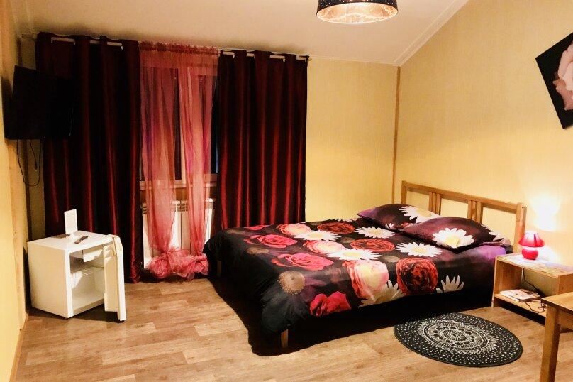 Гостиница «Рощинская», Рощинская улица, 73А на 10 комнат - Фотография 1