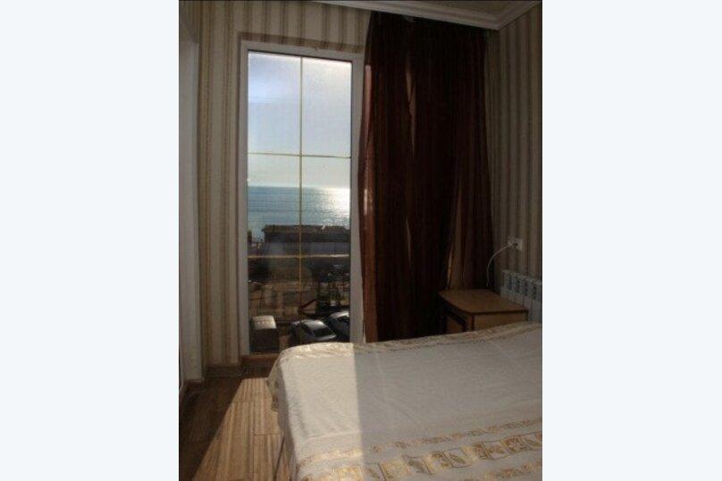 2-х местный с балконом, видом на море, улица Просвещения, 169Г, Адлер - Фотография 2