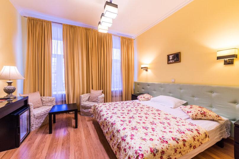 Комфортный двухместный номер с 1 двуспальной или 2 раздельными кроватями, улица Восстания, 13, Санкт-Петербург - Фотография 1