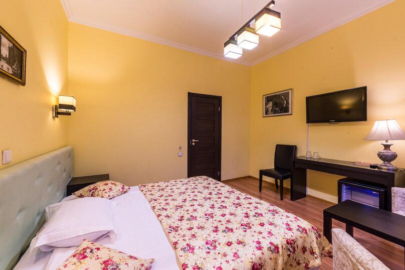 Комфортный двухместный номер с 1 двуспальной или 2 раздельными кроватями, улица Восстания, 13, Санкт-Петербург - Фотография 2