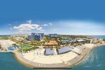 """Отель """"Aquamarine Resort and SPA"""", Парковая улица, 11 на 140 номеров - Фотография 1"""