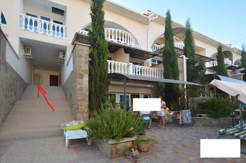 Таунхаус в 100 метрах от моря, 140 кв.м. на 10 человек, 3 спальни, Судакское шоссе, 4а, Алушта - Фотография 14
