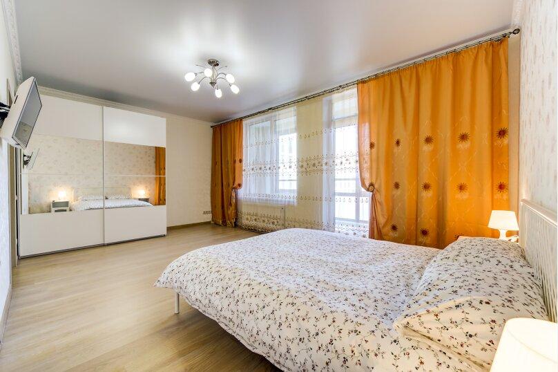 3-комн. квартира, 81 кв.м. на 7 человек, Полтавский проезд, 2, Санкт-Петербург - Фотография 4