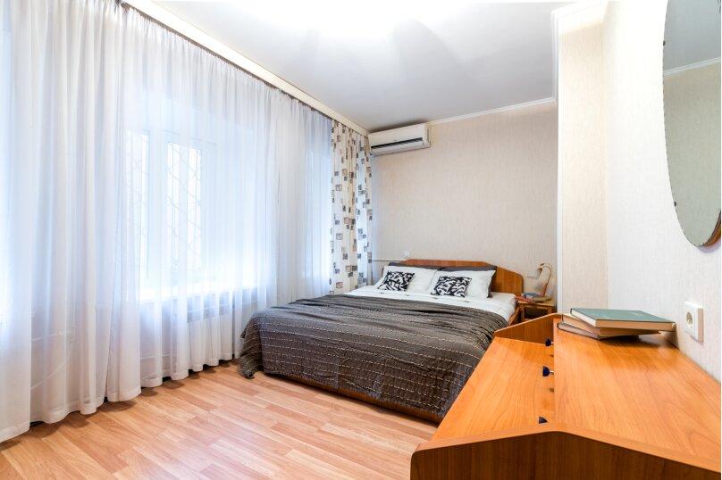 2-комн. квартира, 60 кв.м. на 7 человек, улица Рылеева, 39, Санкт-Петербург - Фотография 2