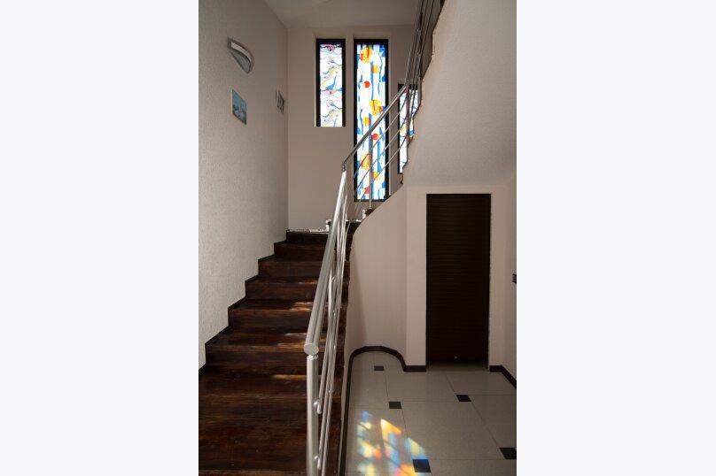 Дом на скале, 200 кв.м. на 9 человек, 3 спальни, Северная улица, 23, село Золотое - Фотография 5