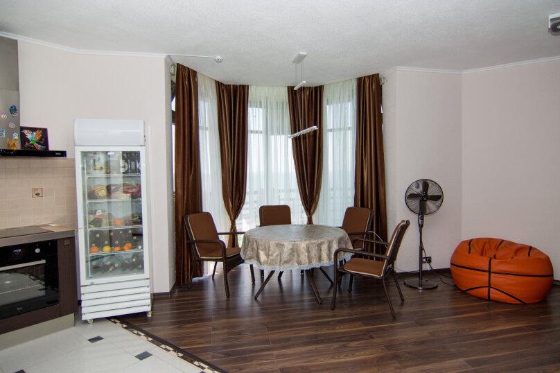 Дом на скале, 200 кв.м. на 9 человек, 3 спальни, Северная улица, 23, село Золотое - Фотография 13