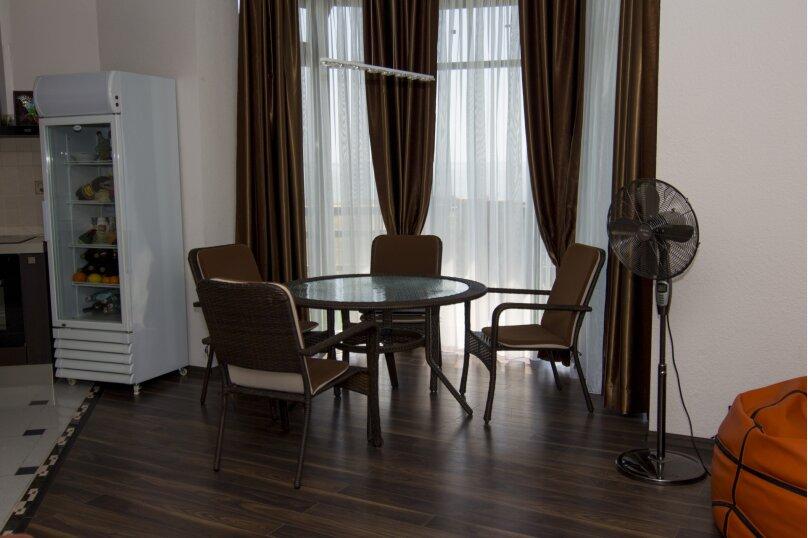 Дом на скале, 200 кв.м. на 9 человек, 3 спальни, Северная улица, 23, село Золотое - Фотография 15
