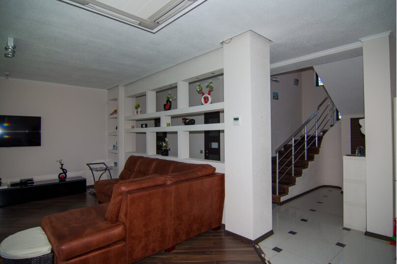 Дом на скале, 200 кв.м. на 9 человек, 3 спальни, Северная улица, 23, село Золотое - Фотография 18