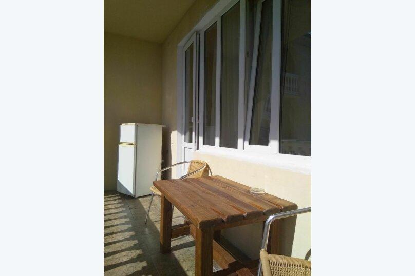 2-х местный Делюкс с балконом и 1 кроватью, Армавирская улица, 57Б, Дагомыс - Фотография 3