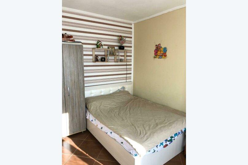 Комната с балконом (розовая), Мориса Тореза, 4В, Отрадное, Ялта - Фотография 2