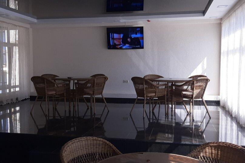 """Гостевой дом """"София"""", Приморская улица, 10Б на 45 комнат - Фотография 8"""
