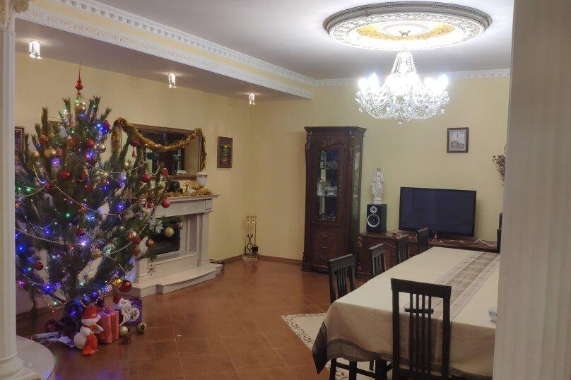 """Гостевой дом """"Регина"""", Кооперативная, 15 на 8 комнат - Фотография 11"""