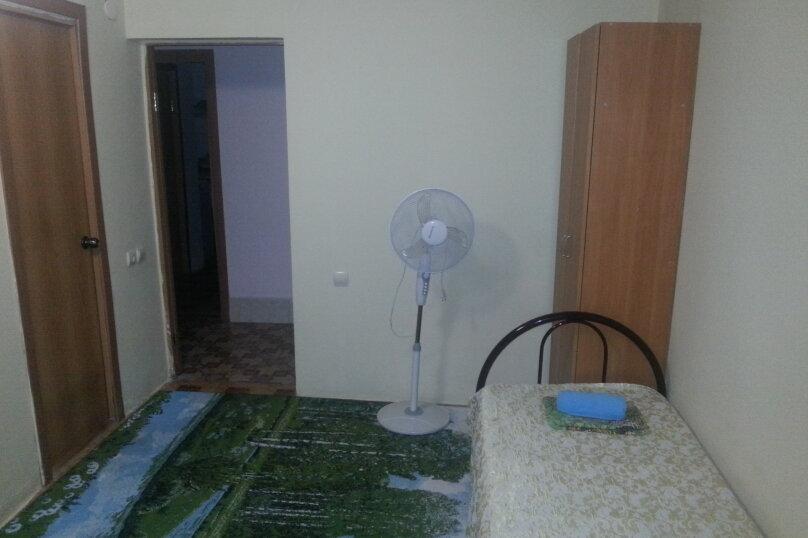 Бюджетный 3х-местный номер без кондиционера, Центральная улица, 1Б, Витязево - Фотография 3
