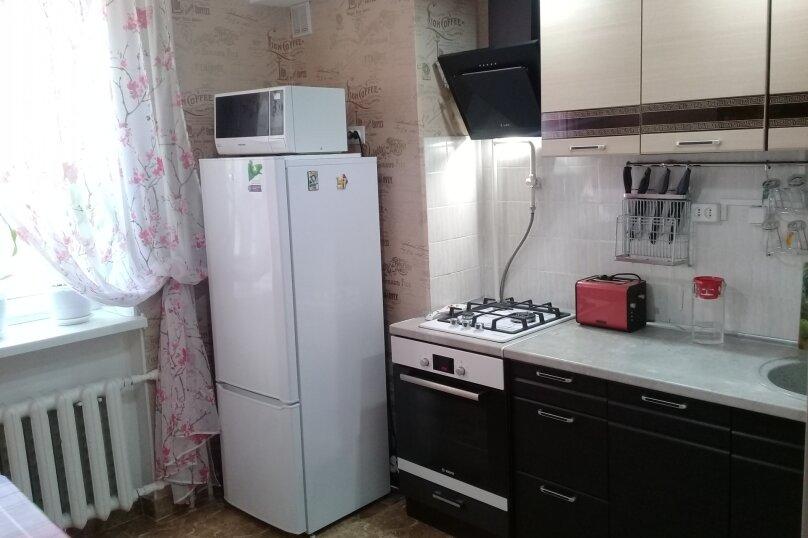 2-комн. квартира, 52 кв.м. на 6 человек, проспект Ленина, 52, Евпатория - Фотография 12